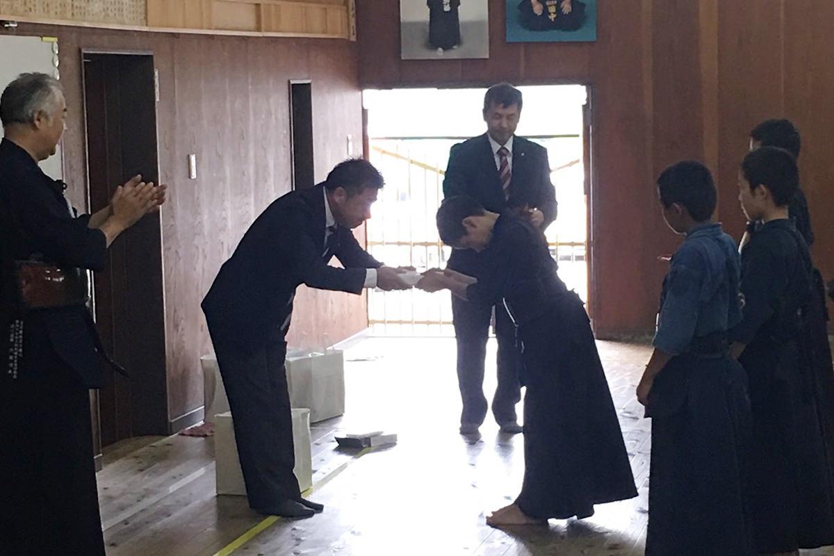 スジャータめいらく株式会社日比治雄会長来場